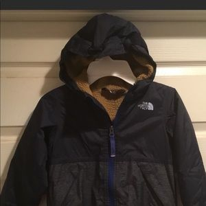 North Face Boys Warm Storm Jacket with Hood 4T